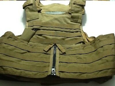 MSA Paraclete RMA Plate Carrier Vest  size MEDIUM, color is COYOTE
