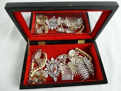 Fine Korean Mother of Pearl Inlaid Jewellery Box With Necklaces & Hairclips
