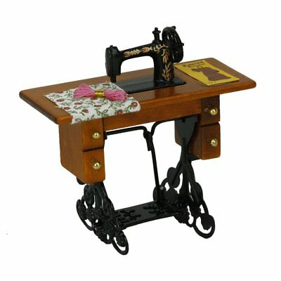 T8 Miniature Sewing Machine With Cloth for 1/12 Scale Dollhouse Decoration Y