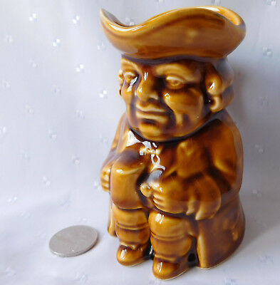Vintage toby jug character jug with ale mug tankard pipe wig and tricorn hat 4.5