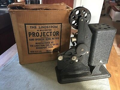 The Lindstrom 16 mm Projector Hand Model No.1010-Antique Silent Movie Projector