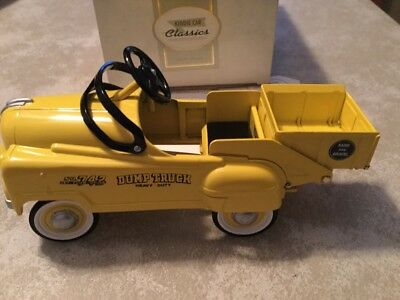 Hallmark Kiddie Car Classics Dump Truck Heavy Duty NO 742  Murray MIB