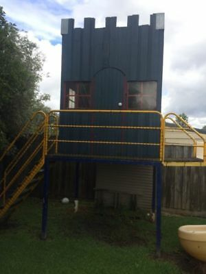 Kids 2 storey cubby house with twirly slide