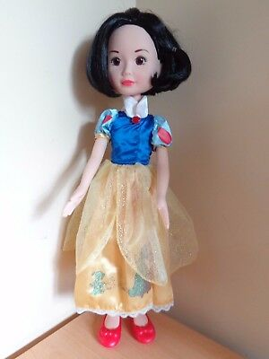 Beautiful 50cm Tall Snow White Doll with Articulated Limbs