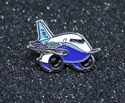 Pin Chubby Boeing 787 1 in. 25mm metal Pin Gold Pilot pudgy cute B787 Dreamliner