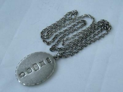 Unusual Solid Sterling Silver Oval Ingot Pendant 1977/ L 4 cm on Silver Chain
