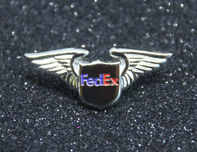 WING Pin FED EX WINGS gold for Pilot Airline Crew Courier Delivery Guy