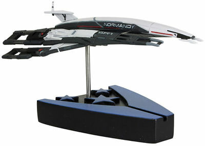 Mass Effect Nomandy SR1 Model Space Ship New Boxed