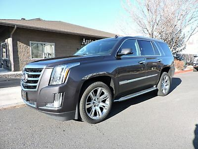 2015 Cadillac Escalade Luxury  Loaded! 2015 Cadillac Escalade Luxury  Loaded! Only 31K Miles!