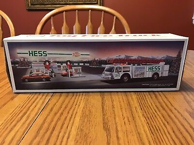1989 Hess Toy Fire Truck Bank in Box - NEW MINT!!!