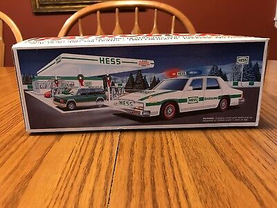 Hess Patrol Car 1993 (NIB) Hess Truck 1993 - New In Box!