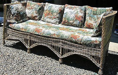 Vintage Antique Wicker Daybed/Sofa