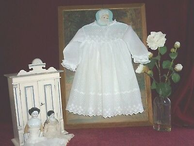 Lovely Antique Embroidered Muslin Baby/Doll Dress Lace Trim.