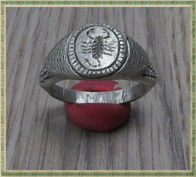 Ancient Silver LEGIONARY Roman Ring ** SCORPION **