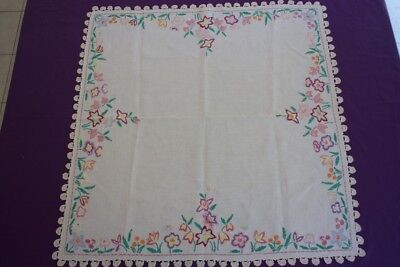 VINTAGE TABLECLOTH Cream Linen Embroidered & Crocheted 88x86cm #79