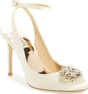 6aed66c879c1 NEW BADGLEY MISCHKA Ivory Satin Pumps Heels 36.5 100% Authentic ...