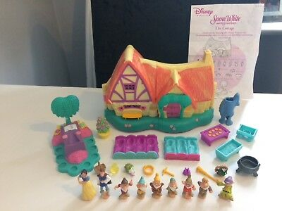 Disney princess snow white polly pocket cottage playset 99% complete all figures