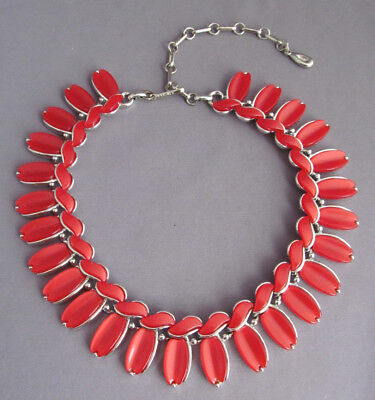 VINTAGE LISNER CHRISTMAS RED Thermoset ADJUSTABLE NECKLACE