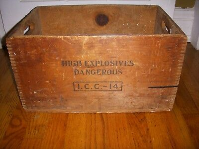 Antique Dupont TNT High Explosives Wood Wooden Shipping Crate Box Advertising
