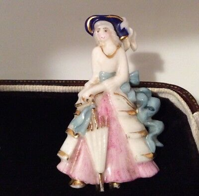Vintage jewellery charming porcelain period drama costume lady brooch