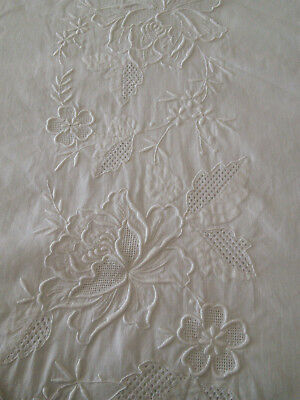 Gorgeous Huge French Tablecoth Embroidered + 6 Napkins - Fine Linen White