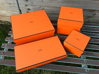 hermes box emty set of 4 ''gift wrapping''