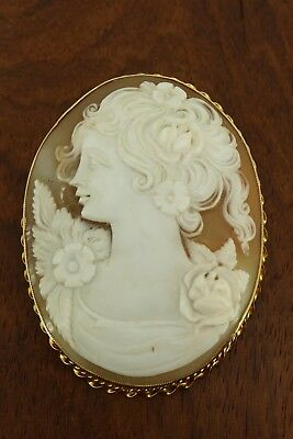 Beautiful Massive 9ct Gold Cameo Shell Brooch. Superb Quality & Condition. NICE1