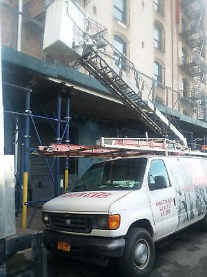 Ford 350 EC Van with Aerial Lift