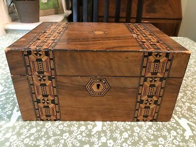 Antique jewellery box with parquetry decoration