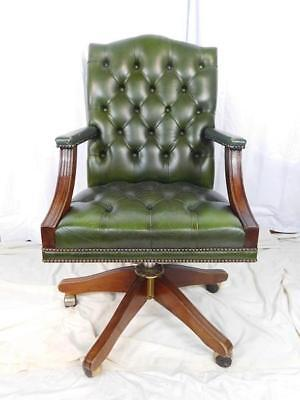 A Good Vintage Green Buttoned Leather Swivel Desk Office Chair