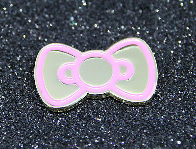 Pin HELLO KITTY PINK/ SILVER metal BOW pin Masche