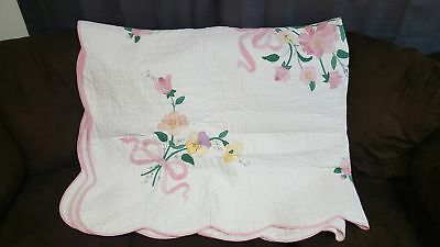 White Whole Cloth Quilt Blanket with Flowers Design and Baby Pink Side Accent