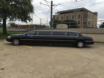 2007 Lincoln Town Car EXECUTIVE LIMO 2007 LINCOLN TOWN CAR LIMO ( BLACK )
