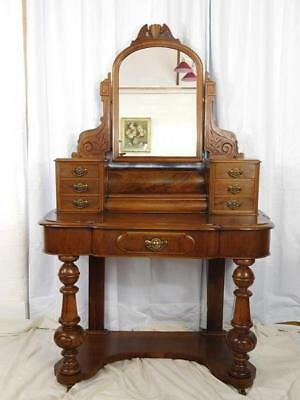 A LOVELY 19th CENTURY ANTIQUE FIGURED MAHOGANY DUCHESS DRESSING TABLE