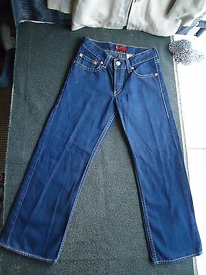 "Levis Relaxed Kids Jeans Size 16  Waist 30""  short Inseam 27"""
