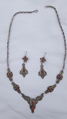 Delicate necklace and pair of earrings Kabyle silver and coral - Berber- Algeria