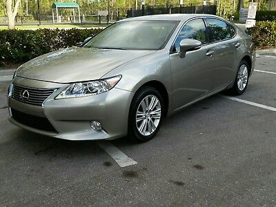 2015 Lexus ES 350  2015 Lexus ES 350, Low miles,Ventilated seats, blind spot detection, rear camera