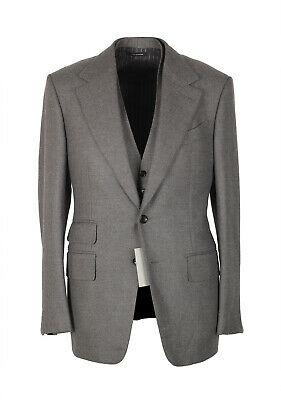 New TOM FORD Shelton Brownish Gray Solid 3 Piece Suit Size 46 / 36R U.S. Wool
