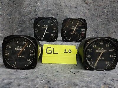 Lot of 4 Old Airplane Guages GL1B