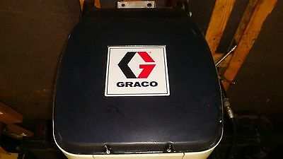 Graco Oil Grease  Reel Pkg GUNS HOSE CEILING WALL MOUNT USED
