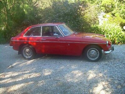 MGB GT-1973 manual with overdrive