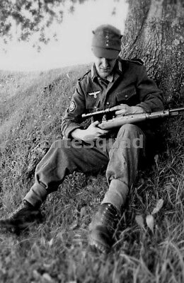 WW2 Photo Picture German Soldier Wehrmacht sniper with scoped Mauser 98k 357 DE