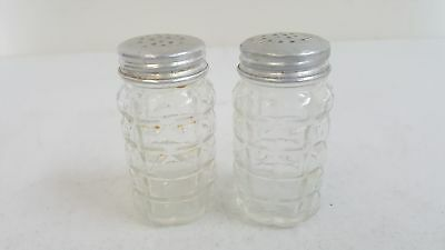 Vintage Le Smith Moon Stars Amberina Glass Salt and Pepper Shakers Collectibles