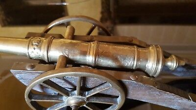 Large Vintage Heavy Brass/Wood Cannon Figurine 35cm Long/1600 grams