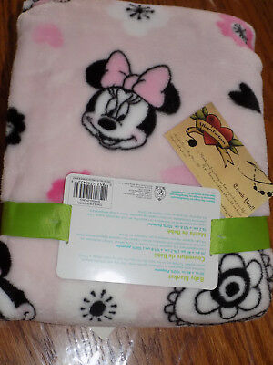 Blanket Disney Baby Minnie Mouse Pink W Black Flowers Hearts Fleece Soft New