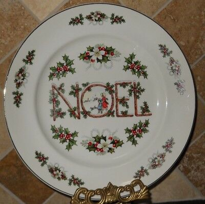 """noel"" By Wood & Sons,""fine English Tableware"",4 Plates (10 1/8""),white W/holly,"