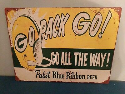 (L@@K) Pabst Blue Ribbon Beer Green Bay Packers Football TIN SIGN BAR GAME ROOM