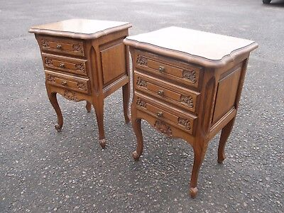 PAIR FABULOUS ANTIQUE FRENCH CARVED OAK BEDSIDE CABINETS CHEST of DRAWERS