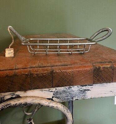 Vintage Small Wire Metal Cradle Basket Soap Sponge Scrubby Brillo Holder Caddy