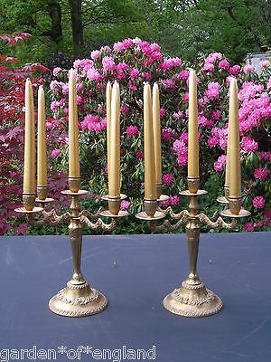 A pretty pair of vintage French brass candlesticks (Q108)